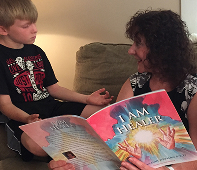 I am Healer Book by Roseanne D'Erasmo Script - Healing for Families and Children